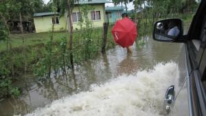 Hochwasser in denStraßen von Sta. Cruz (Michael Reckordt, Juli 2015)